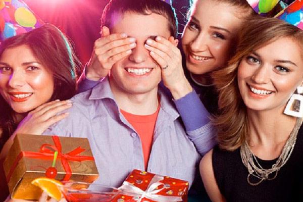 Super Le 50 migliori idee regalo di compleanno per uomo e per donna RG27